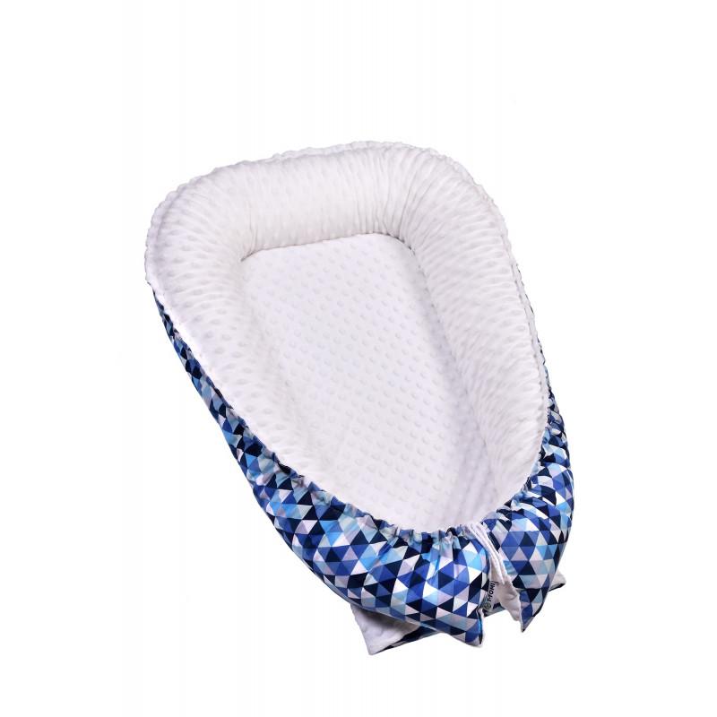 BABY NEST MINKY, blue triangles